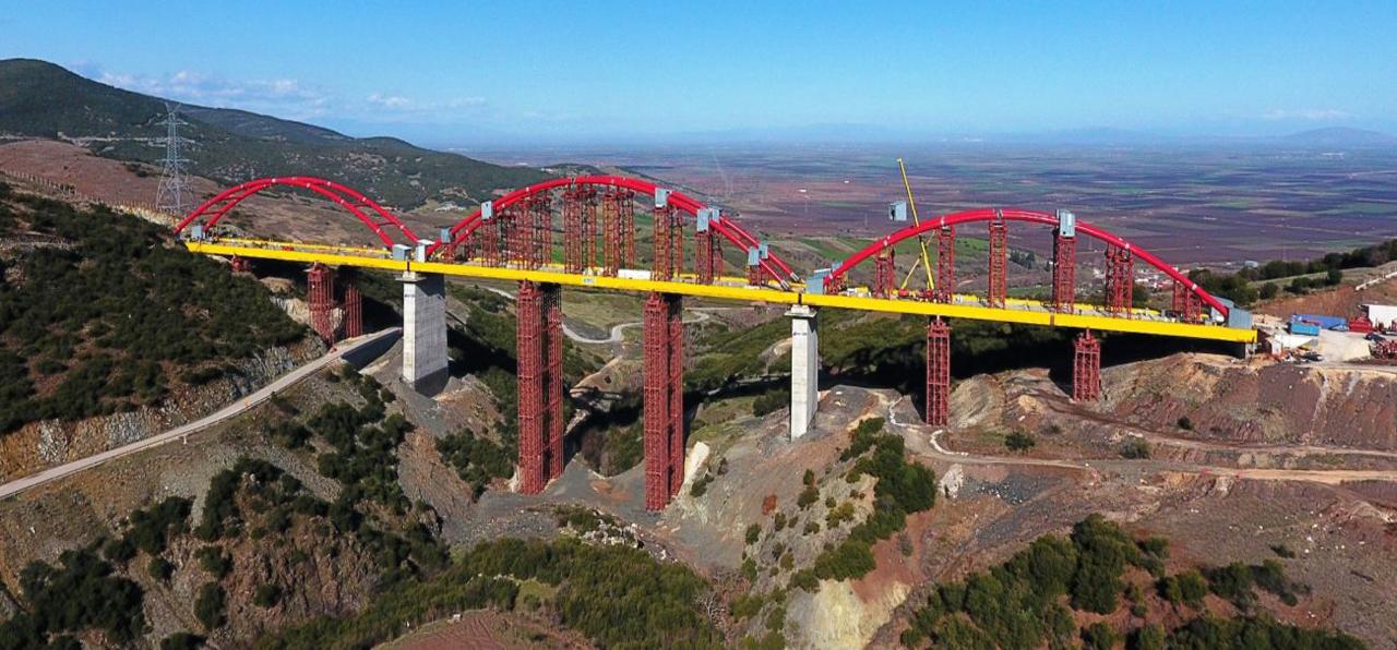 Νέα σιδηροδρομική γέφυρα
